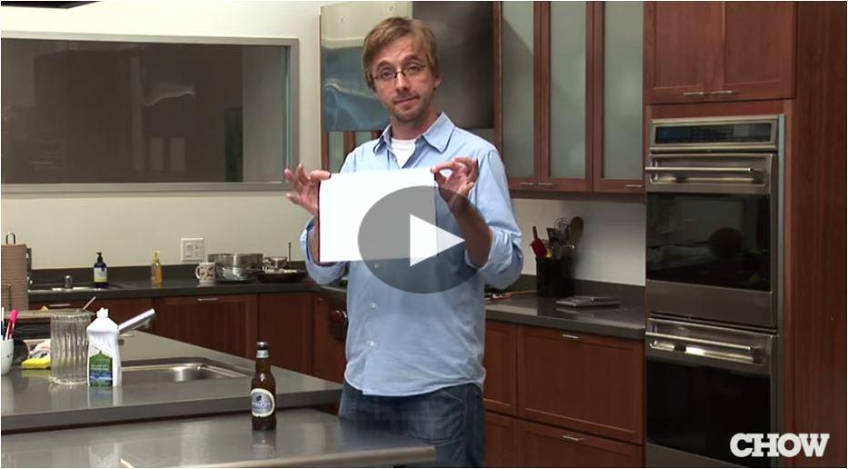 Aprire una bottiglia di birra con un foglio di carta for Aprire le planimetrie con una vista